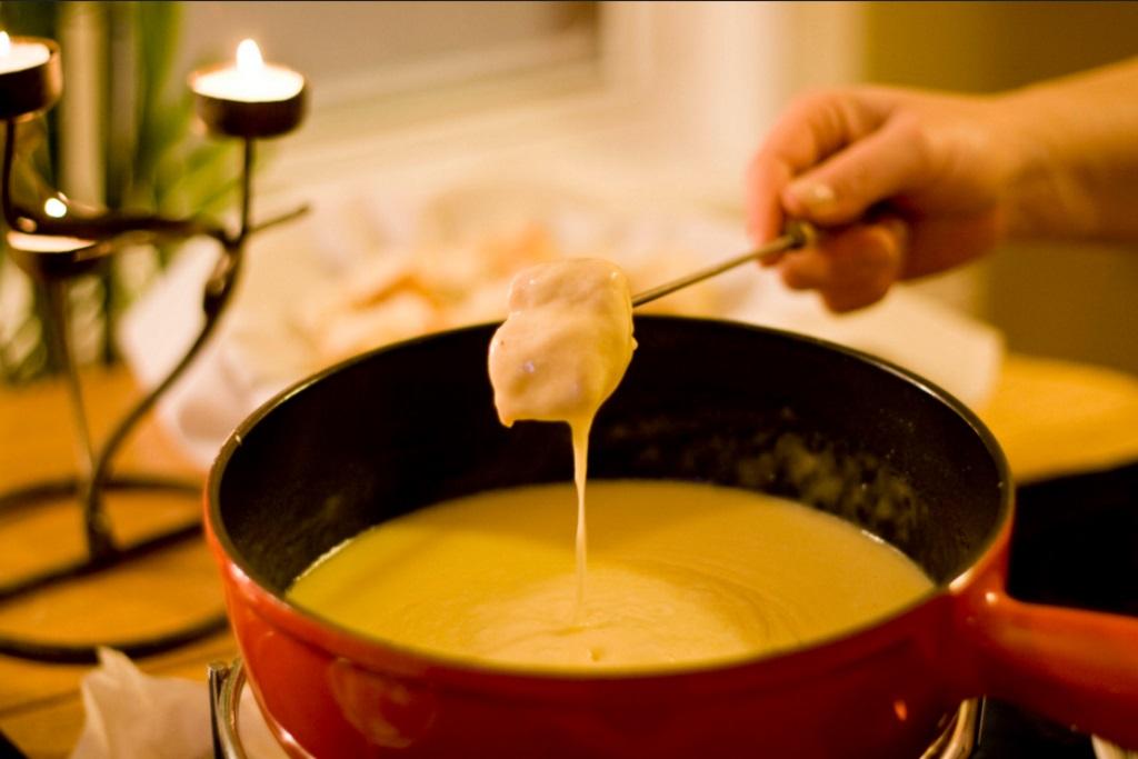 recette de fondue comtoise. Black Bedroom Furniture Sets. Home Design Ideas