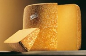 Stories and legends of some well-known cheeses Cantal: 2000 years of history