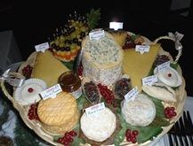 Plateau de fromages pour 30 personnes - Plateau de charcuterie pour 40 personnes ...